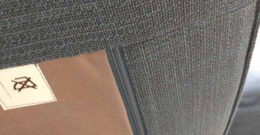 canapé kivik : vue sur la fermeture éclair des coussins