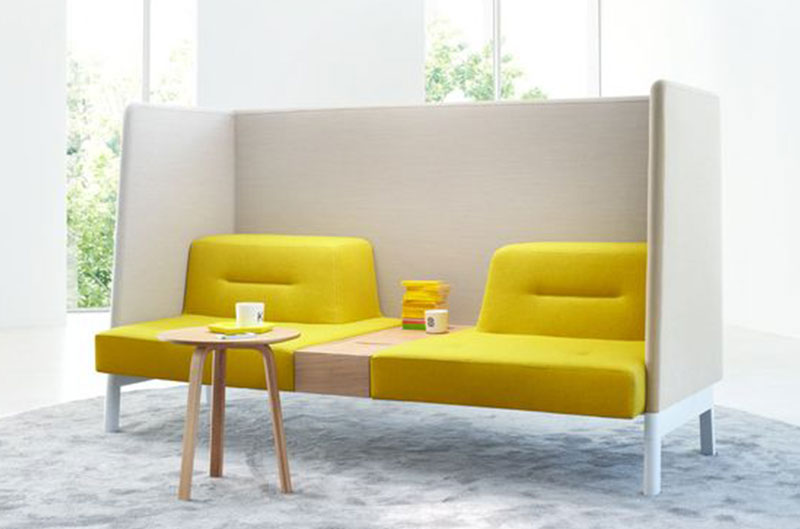 fauteuil jaune design en bois