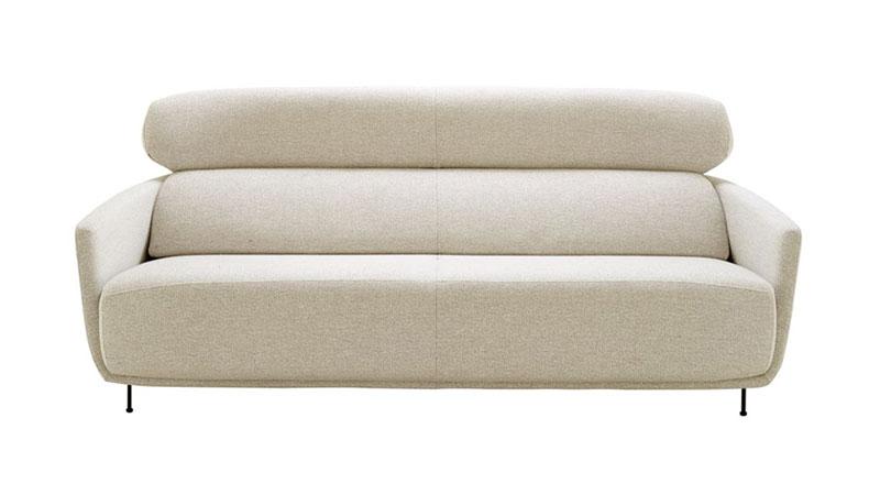 Très Canapé design : 13 modèles cocooning pour une rentrée paresseuse ! AX46