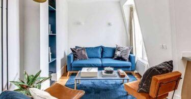 petit salon avec petit canapé convertible