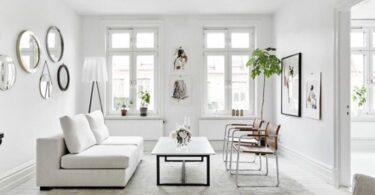 Salon gris et blanc très lumineux et chic