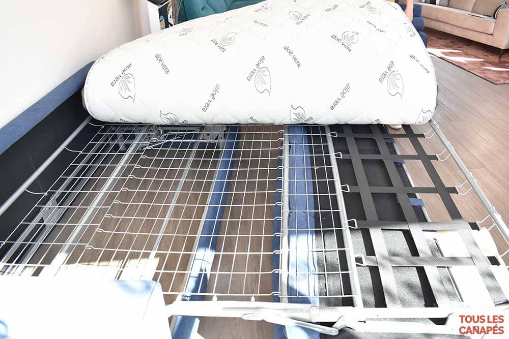 Canapé lit Havane sommier en métal de Mecazza - Touslescanapes.com